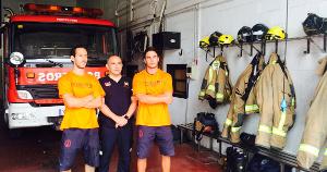 Die drei spanischen Feuerwehrmänner, in Griechenland als Menschenschmuggler angeklat (August 2016) - weil sie sie nicht ertrinken liessen