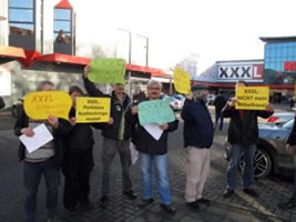 Flashmob bei XXXL Rück in Oberhausen am 3.12.2016