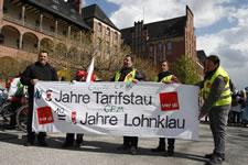 Warnstreik an der Charité CFM und Solidemo am 07.09.2016: Für Löhne die zum Leben reichen! Gegen Tarifflucht und prekäre Beschäftigung an der Charité