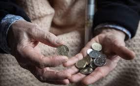 Englische RentnerInnen: Rechnen in Pennies