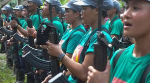 Frauenbataillon der NPA im Süden der Philippinen