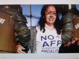 Santiago am 4. November 2016 - die angeblich linke chilenische Regierung gegen Rentenproteste