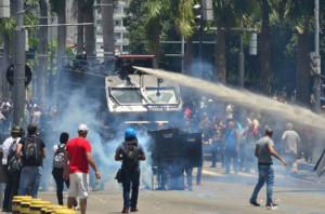 Proteste im Bundesstaat Rio - trotz Polizeirepression erfolgreich im November 2016