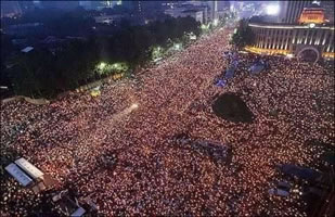 Korea – One million candlelight vigil calling for democracy