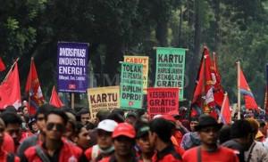 Gewerkschaftsdemo für Mindestlohn Jakarta Dezember 2016