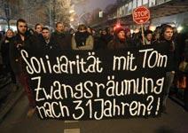 Berlin: Solidaritätmit Tom! Zwangsräumung nach 31 Jahren? (Umbruch Bildarchiv, 20. Dezember 2016)