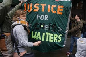 Streik bei Harrods London gegen Trinkgeldklau Januar 2017