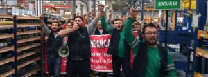 Streikende Metaller in der Türkei 2015