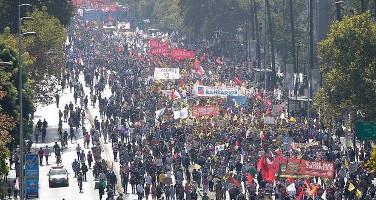 Demonstration gegen private Rentenversicherung npmasafp am 26.3.2017 in Santiago de Chile