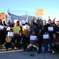 Protest vor der Plastikplane - Brigada Caceres und die streikenden MigrantInnen der sAT in Almeria