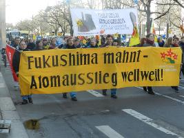 Am 11.3.2017 in Berlin Solidarität mit Fukushima gegen alle AKW