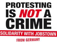 Plakat der Solikampagne mit den Angeklagten von Dublin im April 2017