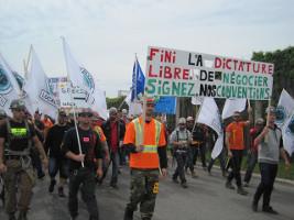 Quebec: Bauarbeiterdemo in Montreal am 24.5.2017 - an den Stadtrand berufen