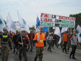 Quebec Bauarbeiterdemo montreal am 24.5.2017 - an den Stadtrand berufen