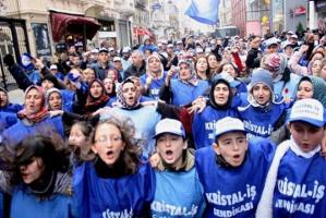 Glashüttenarbeiter in der Türkei und ihre Familien demonstrieren gegen streikverbot Mai 2017