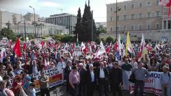 Die Pame Demonstration in Athen war am 1. Mai 2017 die größte in Griechenland