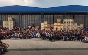 1200 Arbeiter besetzen den Fahrzeugzulieferer Teknorot am 09. Mai 2017 im türksichen Düzce