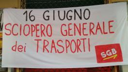 Streiktransparent SGB Basisgewerkschaft Italien Transport 16.6.2017