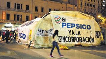 Protestcamp der PepsiCo-Arbeiter*innen in Buenos Aires 2017
