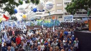 Dass die Gewerkschaftsdemo am 22.8.2017 gross wurde - dafür sorgten vor allem Gewerkschaftsopposition und soziale Bewegunggen