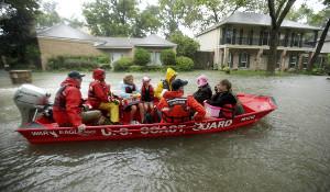 Selbstorganisation in der Flut von Houston - wer auf Trumps Retter wartet...August 2017
