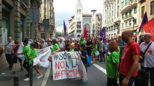 Putzfraun in Barcelona gegen den UGT Tarifvertrag mit Outsourcing
