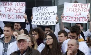 Oktober 2017 in Katowice: Solidarität mit dem Hungerstreik der Ärzte in Warschau/Polen
