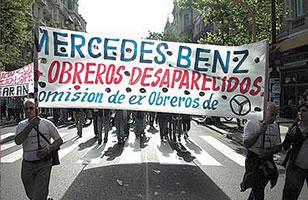 Los 14 obreros desaparecidos de Mercedes Benz y los tres que fueron liberados habían participado en 1975 en una huelga.