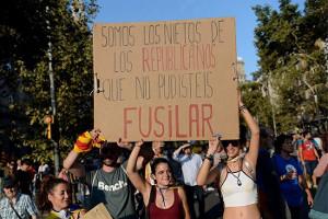 """Barcelona 11.11.17: """"Wir sind die Enkelinnen der Republikaner, die ihr nicht erschießen konntet"""""""