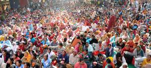 Das gewerkschaftliche Sit In in Delhi am zweiten Tag 10.11.2017 waren es über 100.000