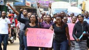 Die letzte von vielen Demonstrationen der streikenden Krankenschwestern Kenias am 30. Oktober 2017 in Nairobi
