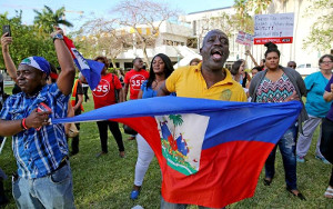 Haitianer demonstrieren gegen Massenabschiebung am 21.11.2017 in Palm Beach, Florida