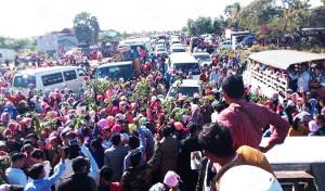 Strassenblockade Textilarbeiterstreik Kambodscha 2.1.18