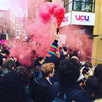 Protest vor dem Gewerkschaftshaus der UCU