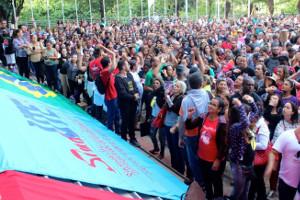 Lehrer im brasilianischen Bundesstaat Minas Gerais stimmen für die Fortsetzung des Streiks am 10.4.2018