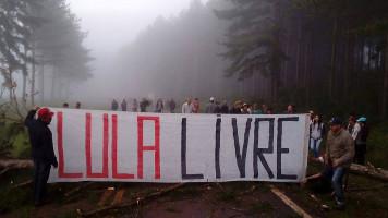 Straßenblockade der Landlosenbewegung MST in Parana am 6.4.2018
