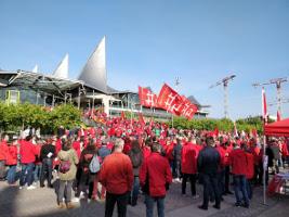 Solidemo vor dem gericht in Antwerpen am 15.6.2018