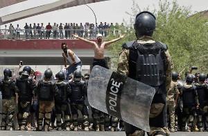 Protest in Basra (Irak) geht trotz Polizei weiter - heir am 14.7.2018