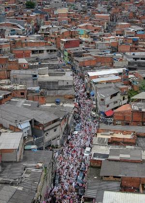 Massendemo gegen Bolsonaro in der Favela Heliopolis - solche Aktionen blieben im brasilianischen Wahlkampf 2018 leider eine Ausnahme...