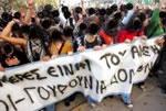 Dezember 2008 in Griechenland: Das Fass zum Überlaufen gebracht:  Polizist erschießt Jugendlichen