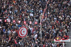 Die Abschlussdemonstration in Tunis am Tag des Streiks im öffentlichen Dienst gegen den Haushalt der vom IWF diktiert ist