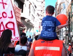 Die Demonstration der Streikenden im Hafen von Valaparaiso am 10.12.2018 - gegen ein Beschäftigungsmdodell im ganzen Land - Arbeit auf Abruf