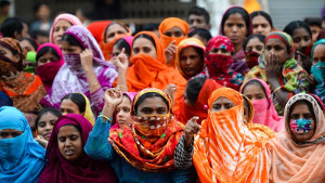 Streikende Textilarbeiterinnen demonstrieren in Dhaka, der Hauptstadt von Bangladesch am 11. Januar 2019