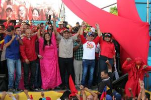 """Kundgebung in Maracaibo für den gewählten Präsidenten Venezuelas gegen den selbsternannten """"neuen"""" von Trumps Gnaden..."""