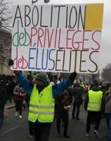 Foto von Bernard Schmid: Jean-Baptiste V., sonst auch bei allen progressiven Demos mit seinen bunten Schildern dabei... (Demo in Paris am 5.1.19)