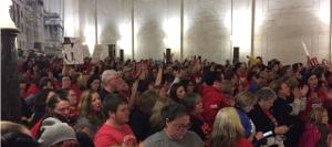 Streikversammlung der Lehrer in West Virginia am 19.2.2019 - ein schneller erster Erfolg, als der Landessenat sein Privatisierungsgesetz zurückzog