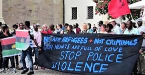 """Kundgebung am 10.5.2019 in Ellwangen: """"Viele haben über uns gesprochen, jetzt reden wir! Gemeinsam gegen Seehofers, Meuthens, Salvinis und Orbans europäische Einwanderungspolitik!"""""""