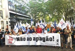 """Portugiesische LehrerInnen gegen den """"Apagao"""" - also gegen die Streichung von neun Jahren Gehaltserhöhung"""
