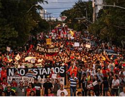 Am 30.5.2019, dem zweiten Protesttag gegen die Kürzungen im Bildungsetat der brasilianischen Rechtsregierung waren erneut Millionen auf den Strassen - hier in Recife