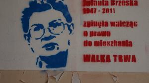 Gedenkplakat an Jolanta Brezka, 2011 ermodet wegen des Widerstands gegen Reprivatisierung von Wohnungen in Warschau
